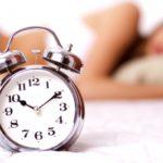 レム睡眠とノンレム睡眠の違い、サイクル周期や時間について|夢と睡眠の種類